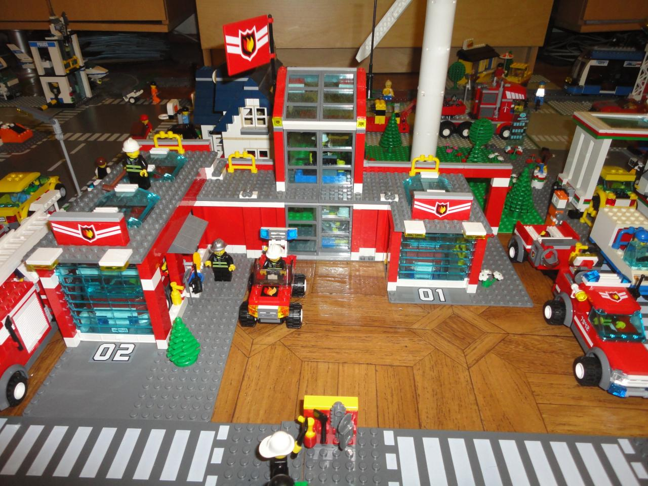 7945 la caserne des pompiers - Lego city a colorier ...