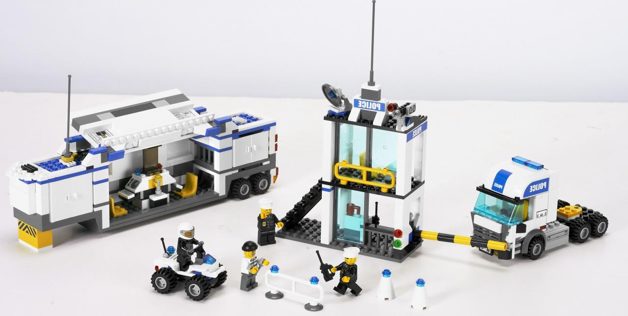 7743 le camion de police - Lego camion police ...